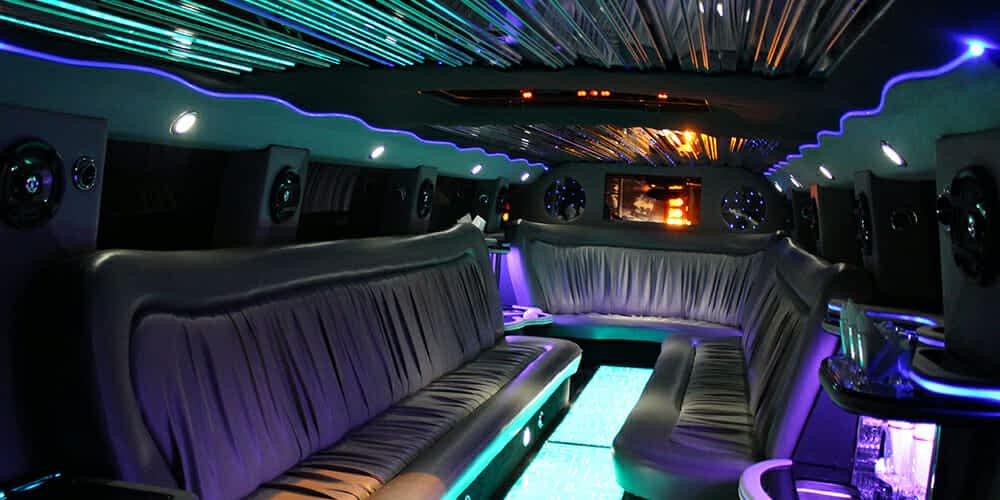 Így néz ki a Hummer limuzinunk belseje